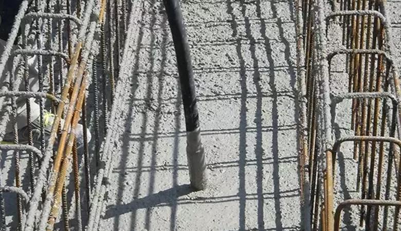 Adensamento de concreto